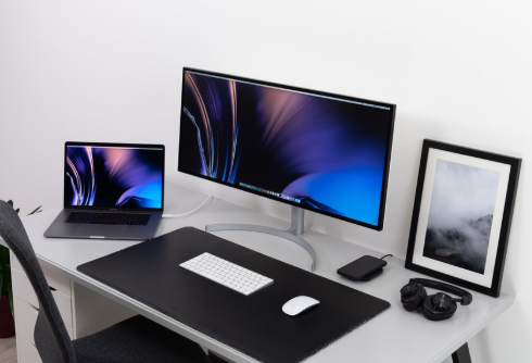How To Connect Your Laptop To a Monitor