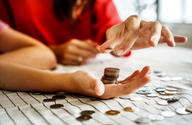 Learn How You Can Bring Your Finances Back On Track With These 7 Simple Tips