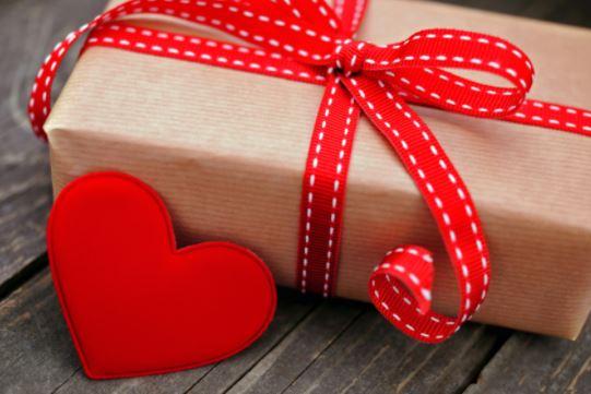 Facebook Valentine Gift Ideas