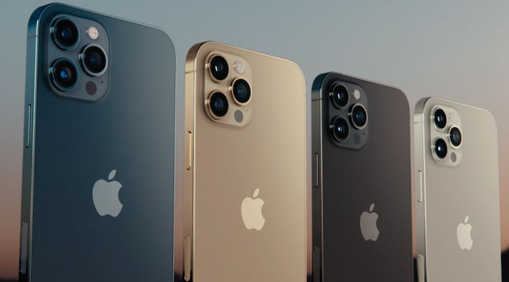 iPhone 12 Pro vs. iPhone 12 Pro Max: Which Of Them Is the Best?
